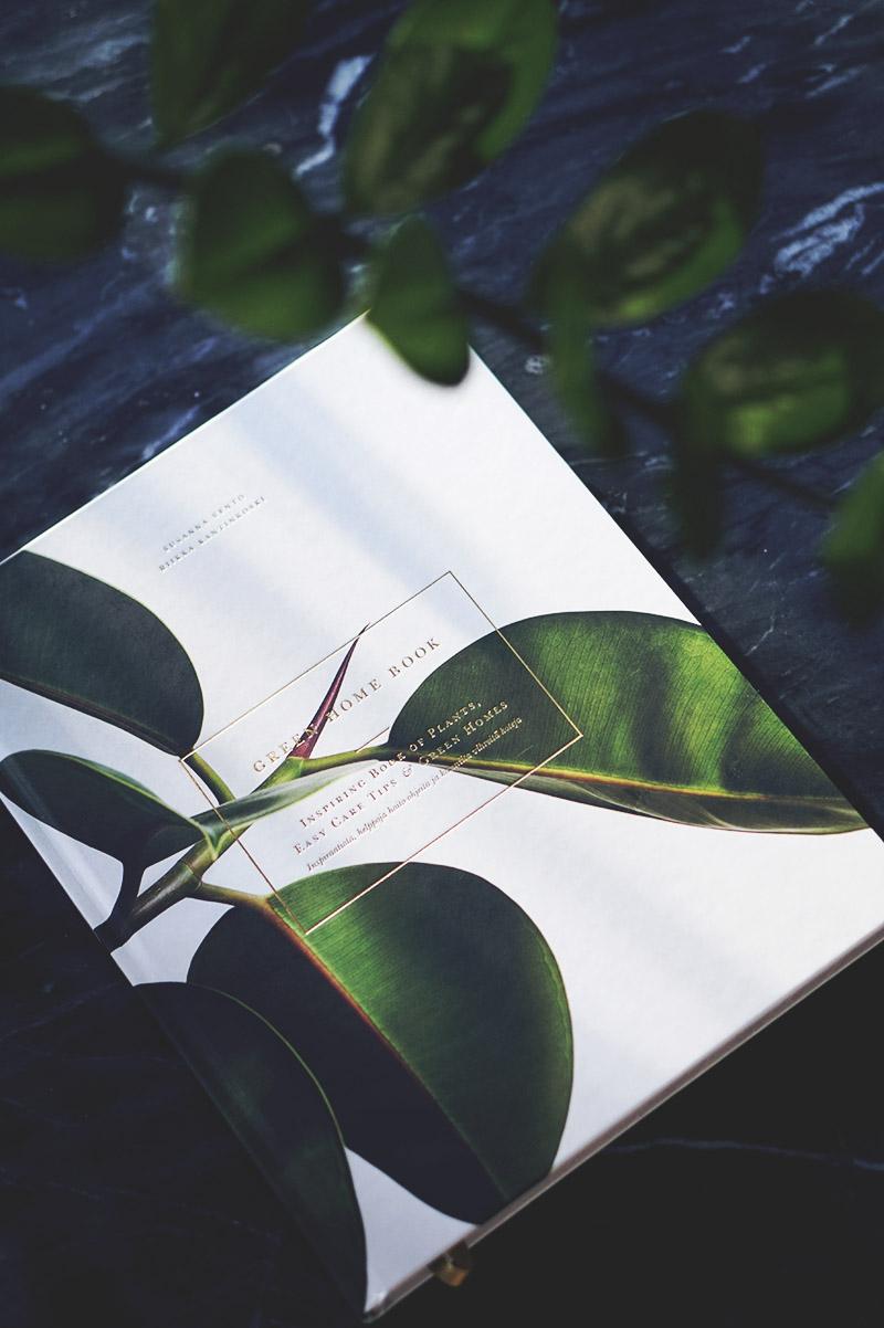 Den smukkeste <strong>plantebog</strong> og nye planter til lejligheden 1