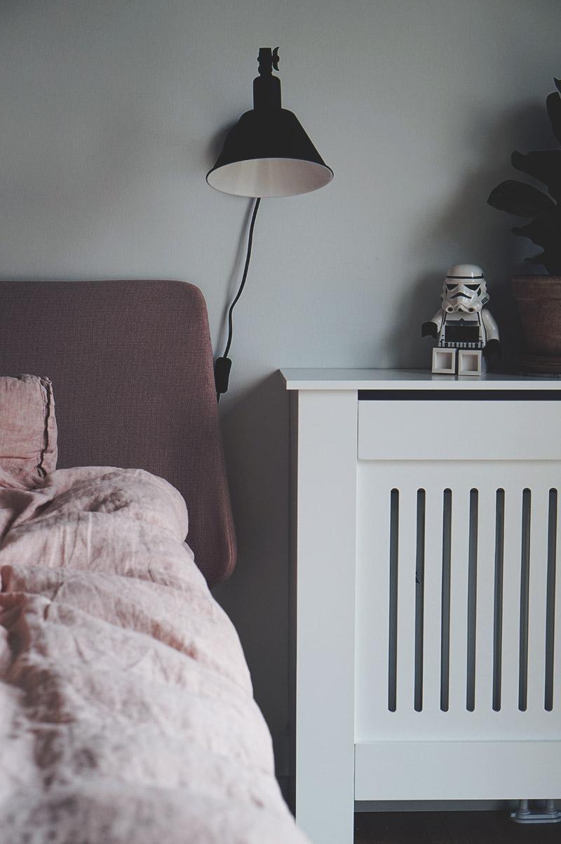 Soveværelse - Nu med <strong>sengebord, sengelamper og radiatorskjuler</strong> 13
