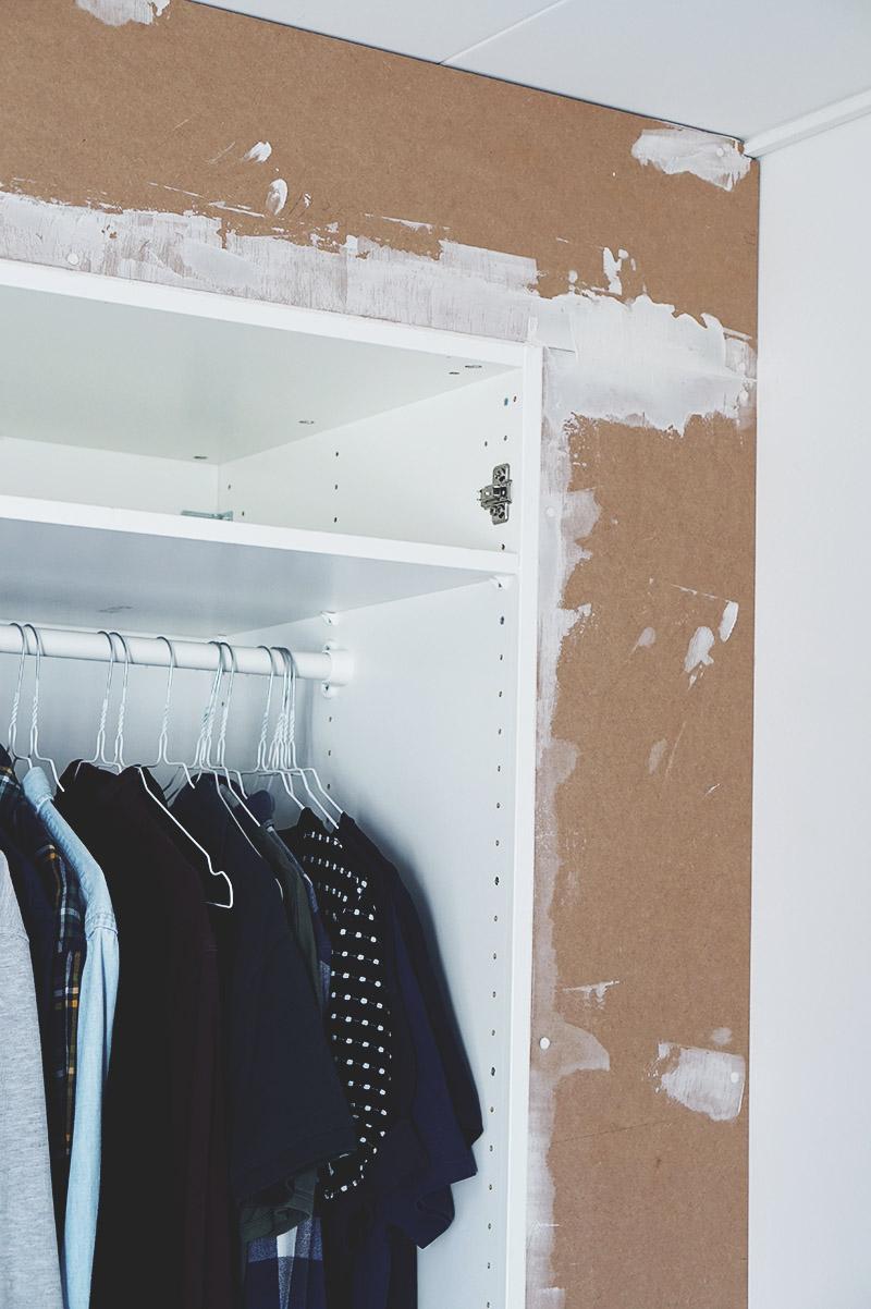 IKEA HACK: <strong>DIY guide</strong> til indbyggede garderobeskabe med PAX og Billy 17