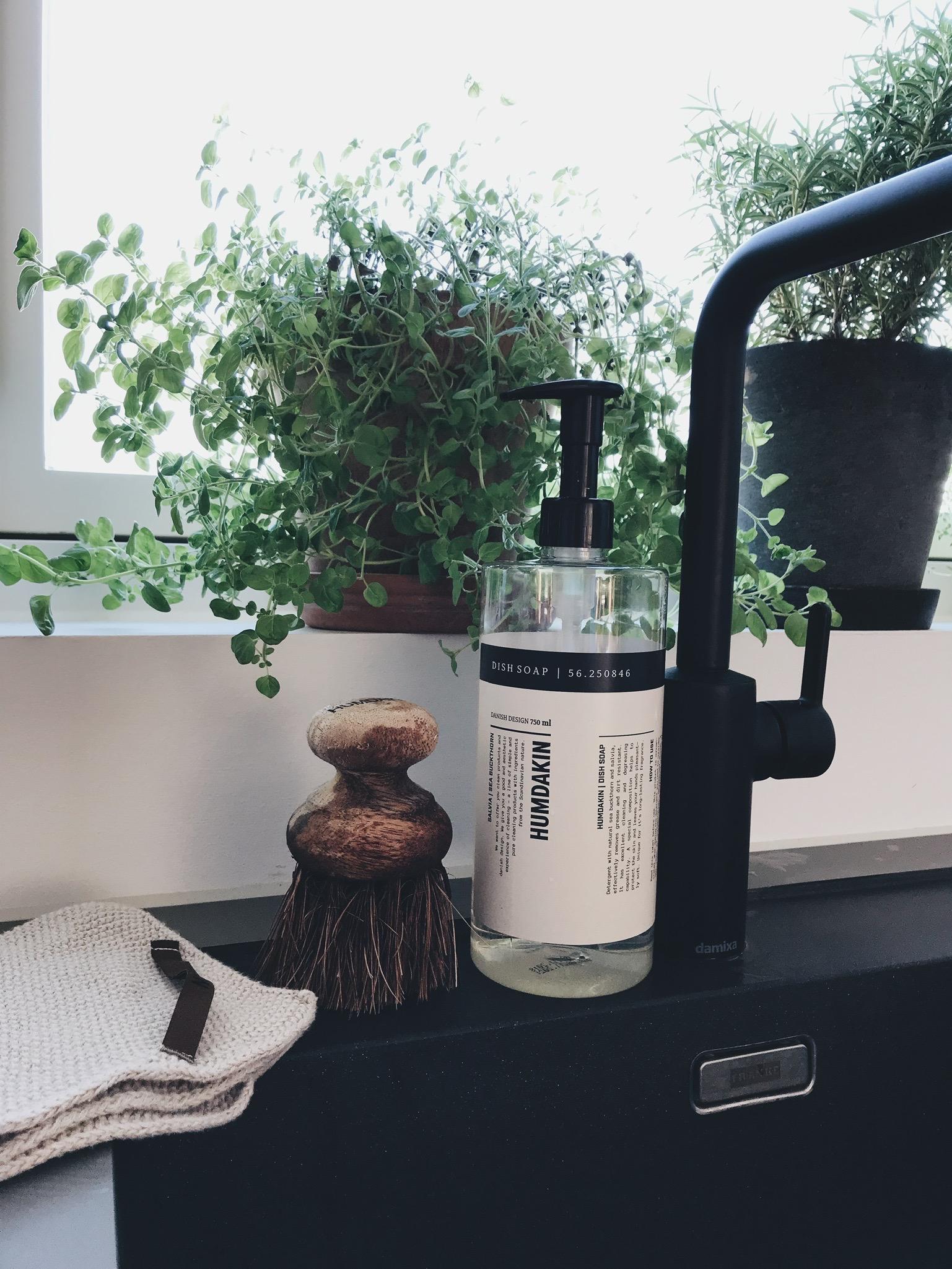 Vores køkken: Valg af køkkenelementer, <strong>hårde hvidevarer</strong> og detaljer i indretningen 19
