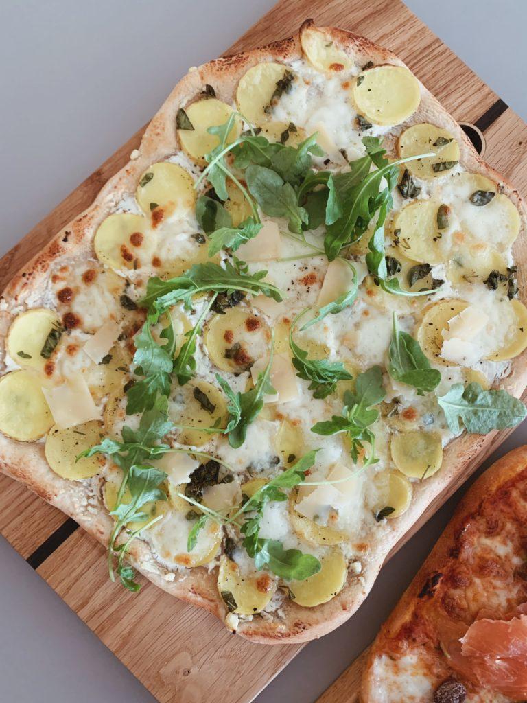 Pizza Fredag - Opskrifter på mine <strong>favorit pizzaer</strong> og tilbehør 17