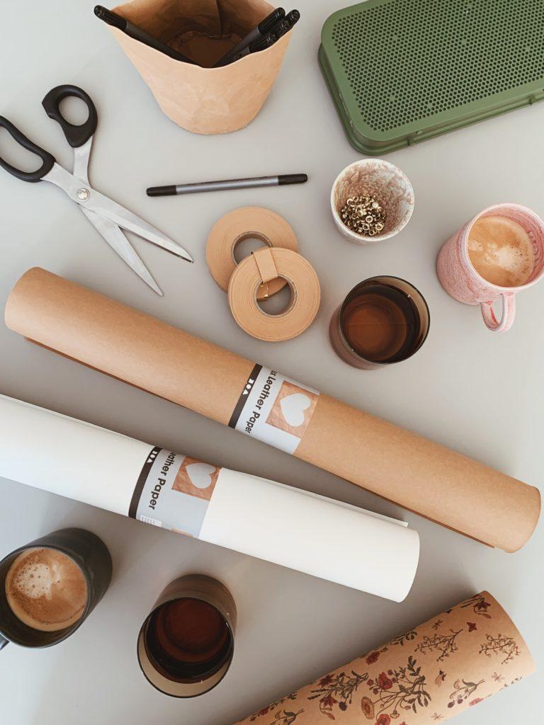 DIY: <strong>Kontor detaljer</strong> med læderpapir 1
