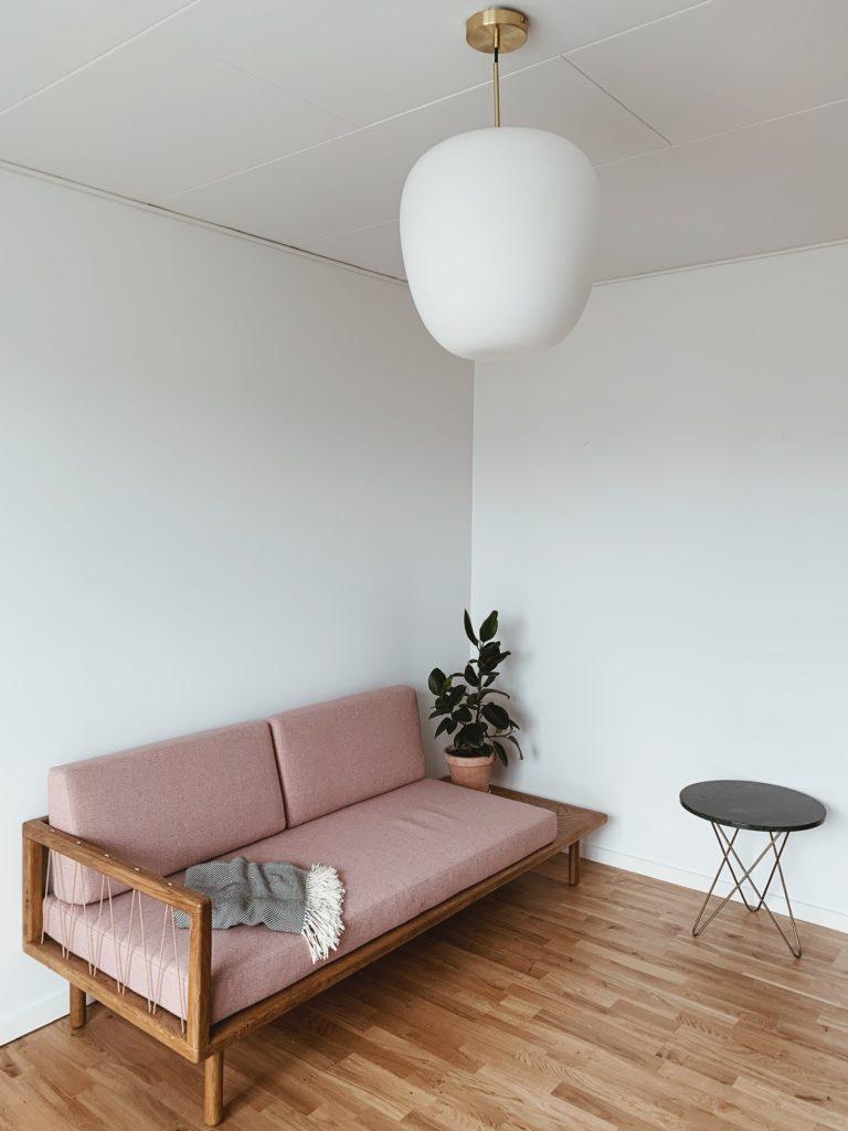 Indretning af <strong>kontor & gæsteværelse</strong> i nybyg - Nu med farve på væggen 3