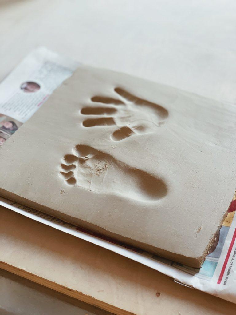 Ide til barsels- eller dåbsgave: <strong>Babyaftryk</strong> af fødder & hænder 11