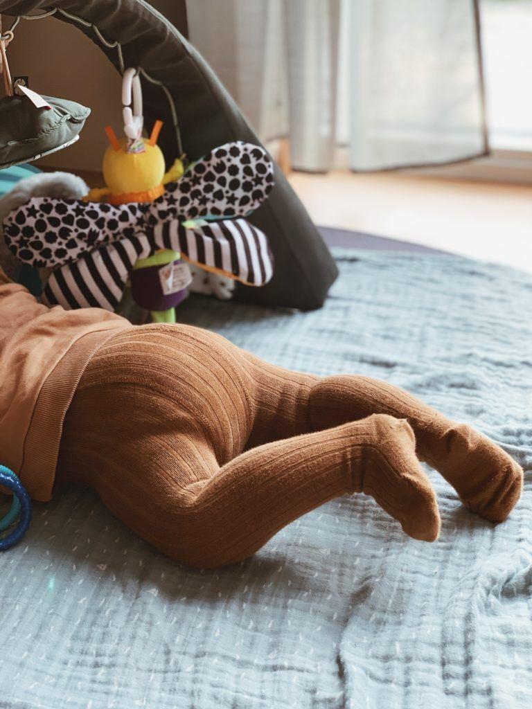 <strong>Legetøj og aktiviteter</strong> til baby 3-6 måneder 15