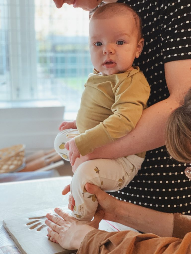 Ide til barsels- eller dåbsgave: <strong>Babyaftryk</strong> af fødder & hænder 5