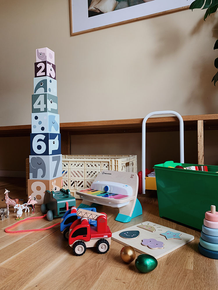 Legetøj og aktiviteter 1 år